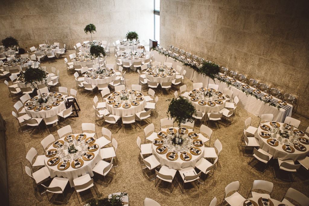 Melanie Parent Events - Winnipeg event planner- A chic, fresh and totally trendy wedding